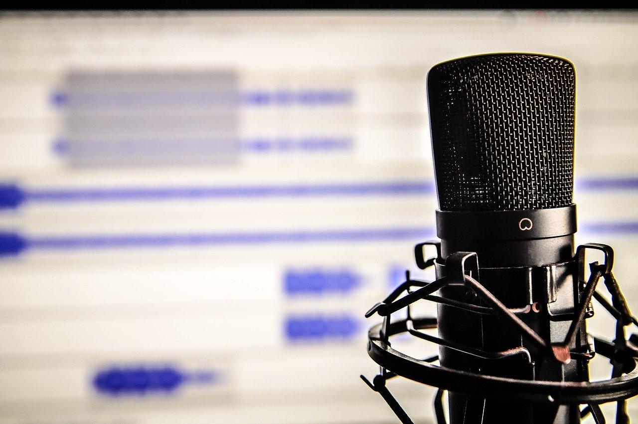视频声音转换器:如何更改视频中的声音