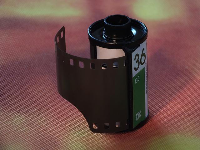 秒变电影大片 - 如何为视频加上电影胶片效果